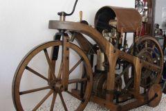 Daimler-Motorrad von 1885