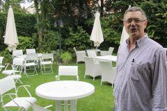 Josef Völker im Garten