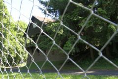 103-Bunkergebaeude-als-Holzhaus-getarnt