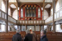 Kirchenschiff Richtung Ratzmann-Orgel