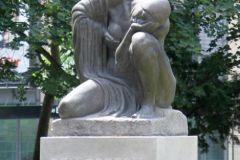 »Den Opfern« 1920 von Benno Elkan zu Ehren der Gefallenen des 1. Weltkriegs