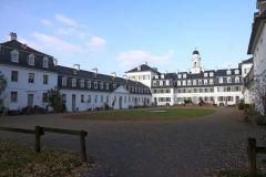 Schloss Rumpenheim Hofseite