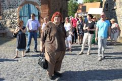 Rundgang mit »Frau« Kraft - langjährige OVAG-Kundin