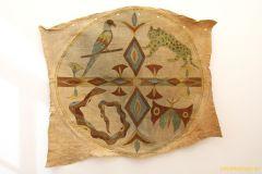 15-IMG_3797_crRindenbastbild-Amazonasgebiet-Peru.-Erworben-1986-Sammlung-Weltkulturen-Museum.-800