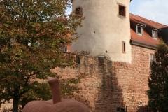 11-Stadtmauer-innere-Turm-mit-Sandsteinapfel-IMG_3475_800
