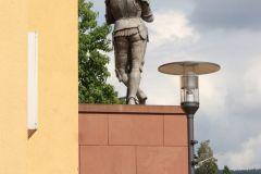 01-IMG_7419-Ritter-Hartmut-zu-Kronburg-R_cr_800
