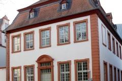 02-Schlossrueckseite_MG_6641_cr_800-Sign