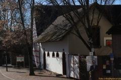 1-8-IMG_8699-ehemalige-Zehntscheuer-der-Wasserburg_800_Sign