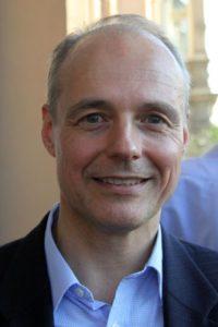 2 Dr. Hans-Ulrich von Freyberg